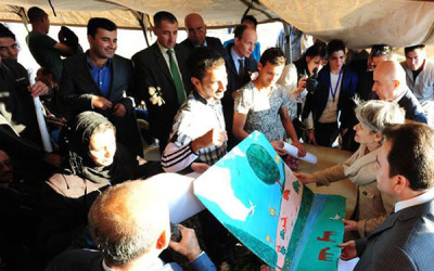 In Iraq, UNESCO chief says education, culture key to country's future peace and stability