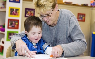 UK: Parents 'struggle' to find holiday care for learning disabled children