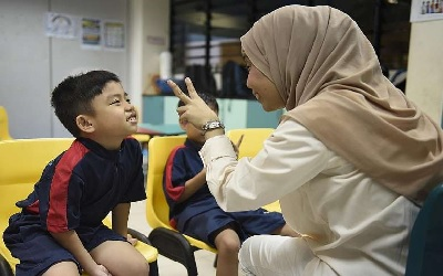 Singapore: 8-year-old boy with autism finally gets to go to school