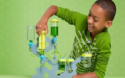 Amazon launches a subscription service for STEM toys