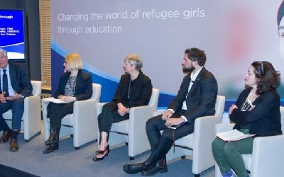 Jordan: UNESCO and Procter Gamble partner to rebuild confidence of refugee girls through education