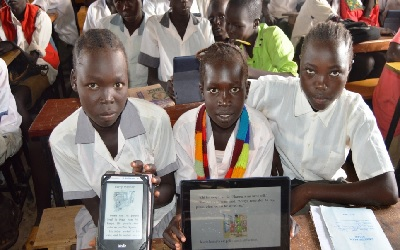 Innovation transforms education for refugee students in Africa