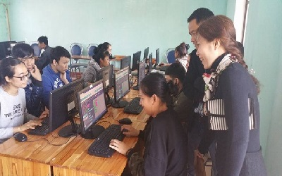 Viet Nam: Disadvantaged students get support from Microsoft