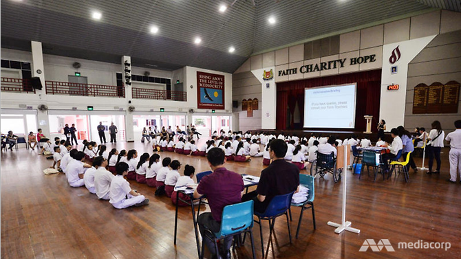 Singapore: Disadvantaged Singapore students do better than OECD peers: Dr Puthucheary