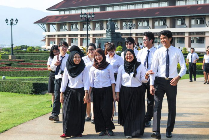 Singapore: Trans-ASEAN education can play a role in building a regional community
