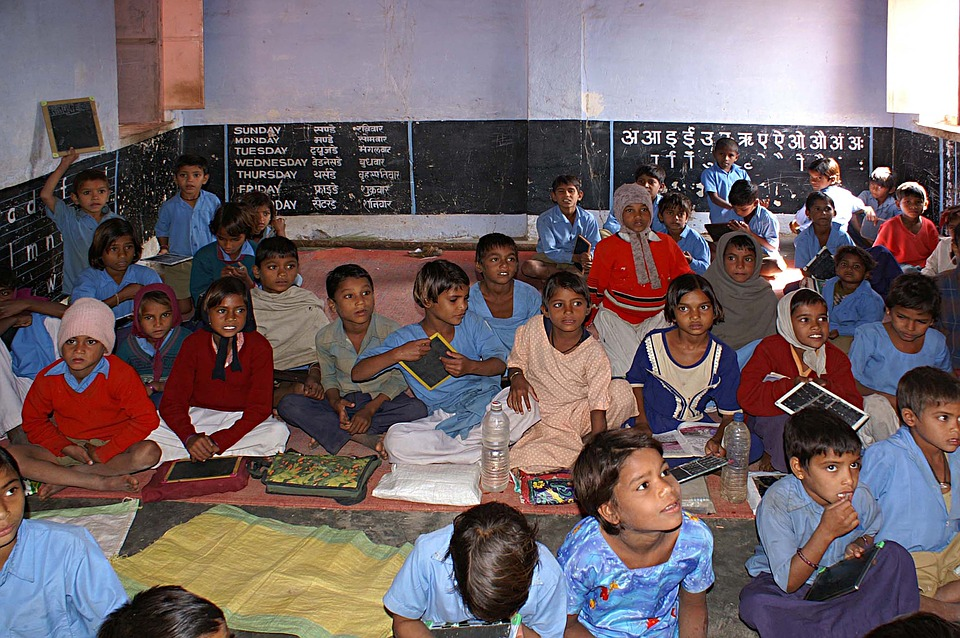 India: Survey on school dropouts in Telangana