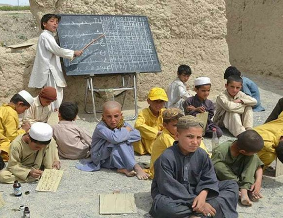 Pakistan: Out of school children biggest problem of Balochistan