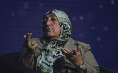 Afghan teacher encourages children to never give up