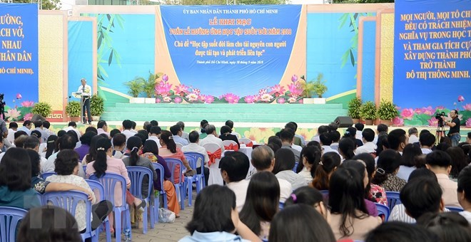 Vietnam: Life-long learning week launched in HCM City