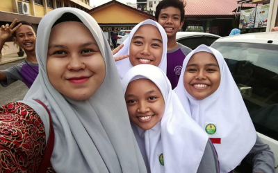 """Durians In The Classroom"" And 11 Memories Malaysian Teachers Had With Their Students"