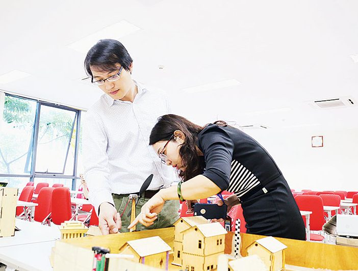 Vietnam: STEM training booms but not in schools?
