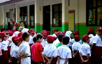 Indonesian City Admits Migrant Children to Public Schools